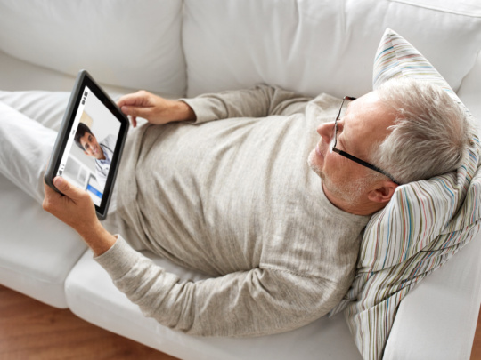 patient autonome à domicile en téléconsultation